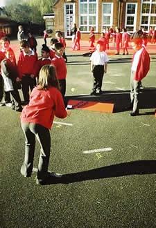 Nivsta Board fun at School